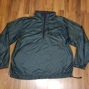 L.L. Bean Men's Forest Green Packable Windbreaker